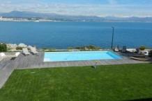 Villa moderne en front mer au Cap d'Antibes