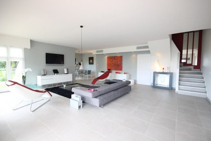Vente - Maison - Mandelieu - A vendre : Villa moderne avec vue mer ...