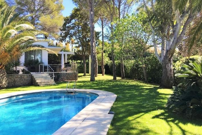 Vente Maison Cap D Antibes Villa Avec Beau Jardin Plat Et