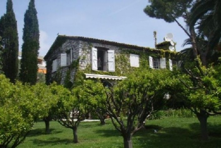 Location maison antibes mas d 39 antibes for Antibes location maison