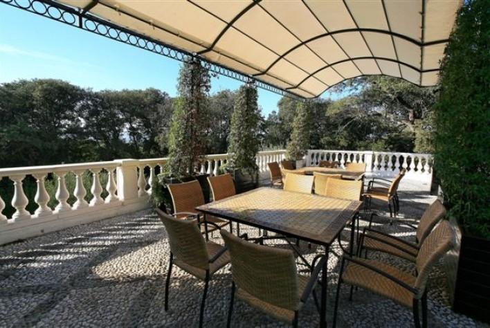 location maison cap d 39 antibes villa cap d 39 antibes. Black Bedroom Furniture Sets. Home Design Ideas