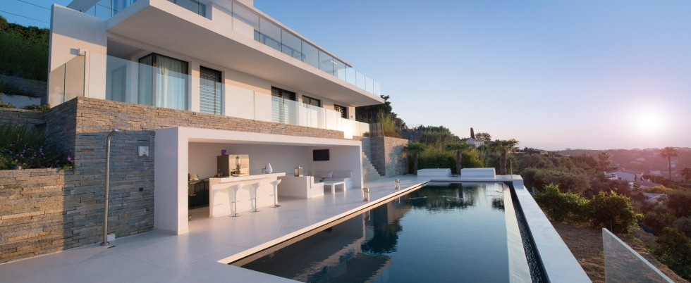 Superbe villa contemporaine - Vue mer panoramique - 4 chambres - Golfe Juan - 4 750 000 €