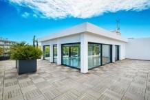 Villa sur le toit avec vue mer au pied du Cap d'Antibes