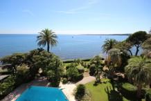 Appartement 3 pièces avec vue mer et piscine à Cannes