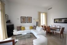 Appartement de luxe 4 pièces dans une résidence avec piscine, à 4 min à pied des plages