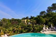 Villa d'architecte avec piscine et 6 chambres