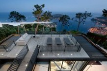 Wonderful contemporary style villa with panoramic views over the sea and Cap Ferrat