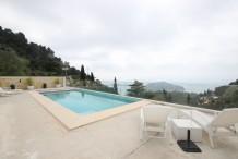 Villa neuve avec belle vue sur la mer