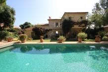 Très belle villa en front mer