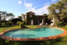 Villa provencale avec un très beau jardin et piscine