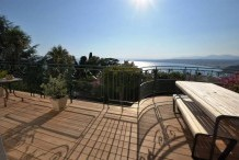 Recently renovated luxury apartment with panoramic sea view