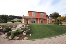 Villa récente avec 4 chambres, pisicne privée et gran jardin