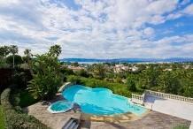 Magnifique villa avec une vue sur la mer, dans un domaine férmé