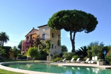 Villa Cap d'Antibes centre - 7 chambres - piscine - vue mer