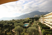 4 bedroom apartment in luxury residence near the sea