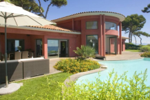Villa en front mer avec vue mer panoramique et piscine