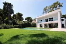 Belle villa récement rénovée avec pisicne et beau jardin