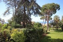 Appartement 5 pièces face à la mer au début du Cap d'Antibes