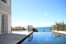 Belle villa avec magnifique vue sur la mer, piscine chauffée et 6 chambres