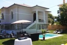 Charmante maison avec jardin privé et 4 chambres au Cap d'Antibes