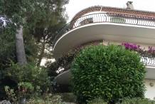 Villa avec piscine et vue mer, proche plages