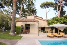 Provencal style villa with pool on Cap d'Antibes