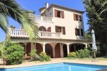 Villa avec piscine et maison d'amis à 150 m de la plage