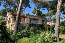 Villa en pierre avec une vue sur la mer au Cap d'Antibes