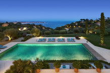 One of a kind property on the hills of Cannes with panoramic sea view and huge swimming pool