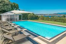 Belle maison moderne avec vue sur la mer, proche l'hôtel Eden Roc