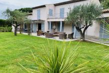 Belle villa 280 avec 6 chambre et piscine,  à 2 pas de la Place de Lices