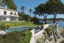 Superbe villa avec pisciine et vue mer,  pied dans l'eau