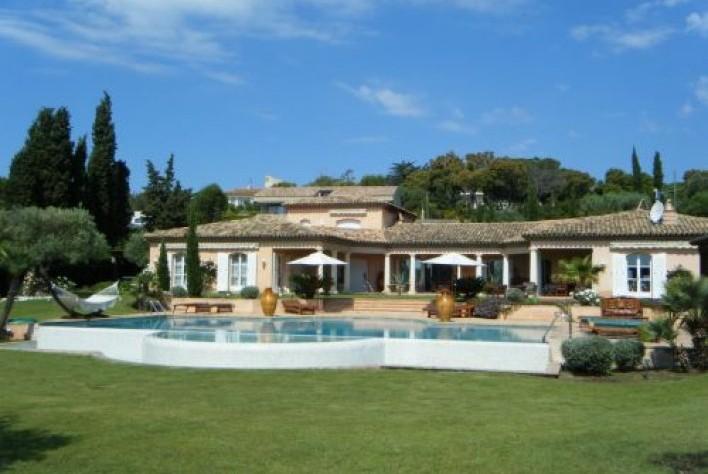 location maison st tropez villa pampelonne club 55 6 ch. Black Bedroom Furniture Sets. Home Design Ideas